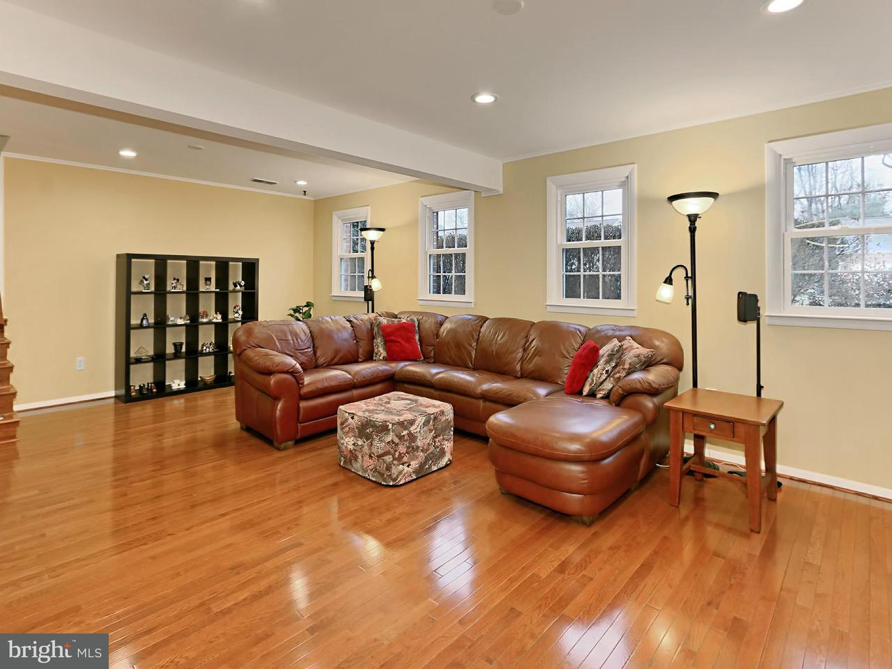 Additional photo for property listing at 4603 Demby Drive 4603 Demby Drive Fairfax, 弗吉尼亚州 22032 美国