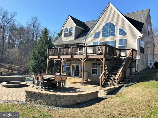 Property for sale at 102 Busbees Point Rd, Bumpass,  VA 23024