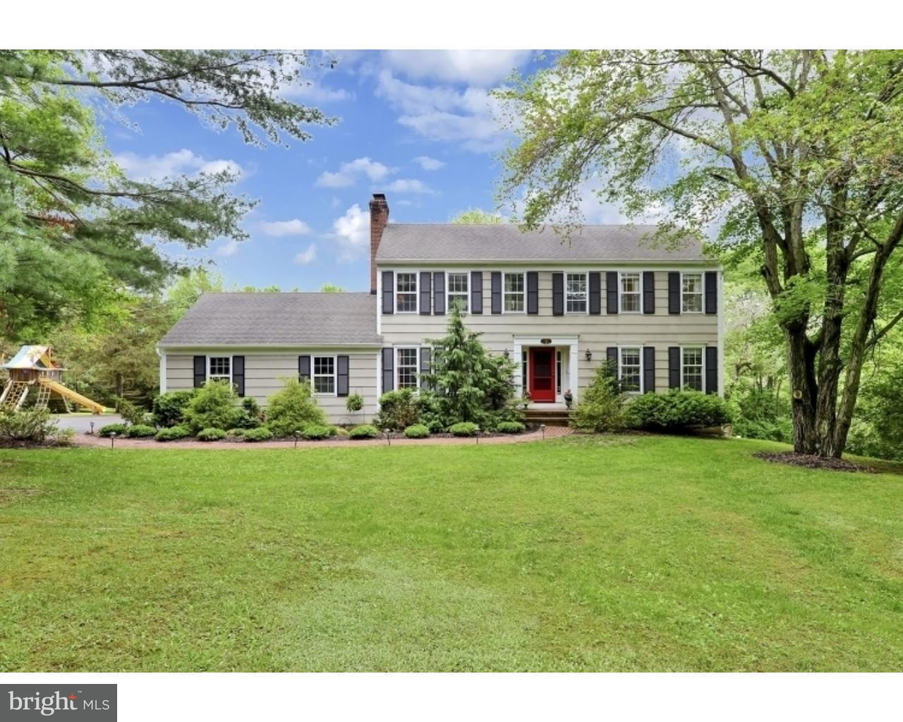 Частный односемейный дом для того Продажа на 41 DUTCH Lane East Amwell, Нью-Джерси 08551 Соединенные ШтатыВ/Около: East Amwell Township