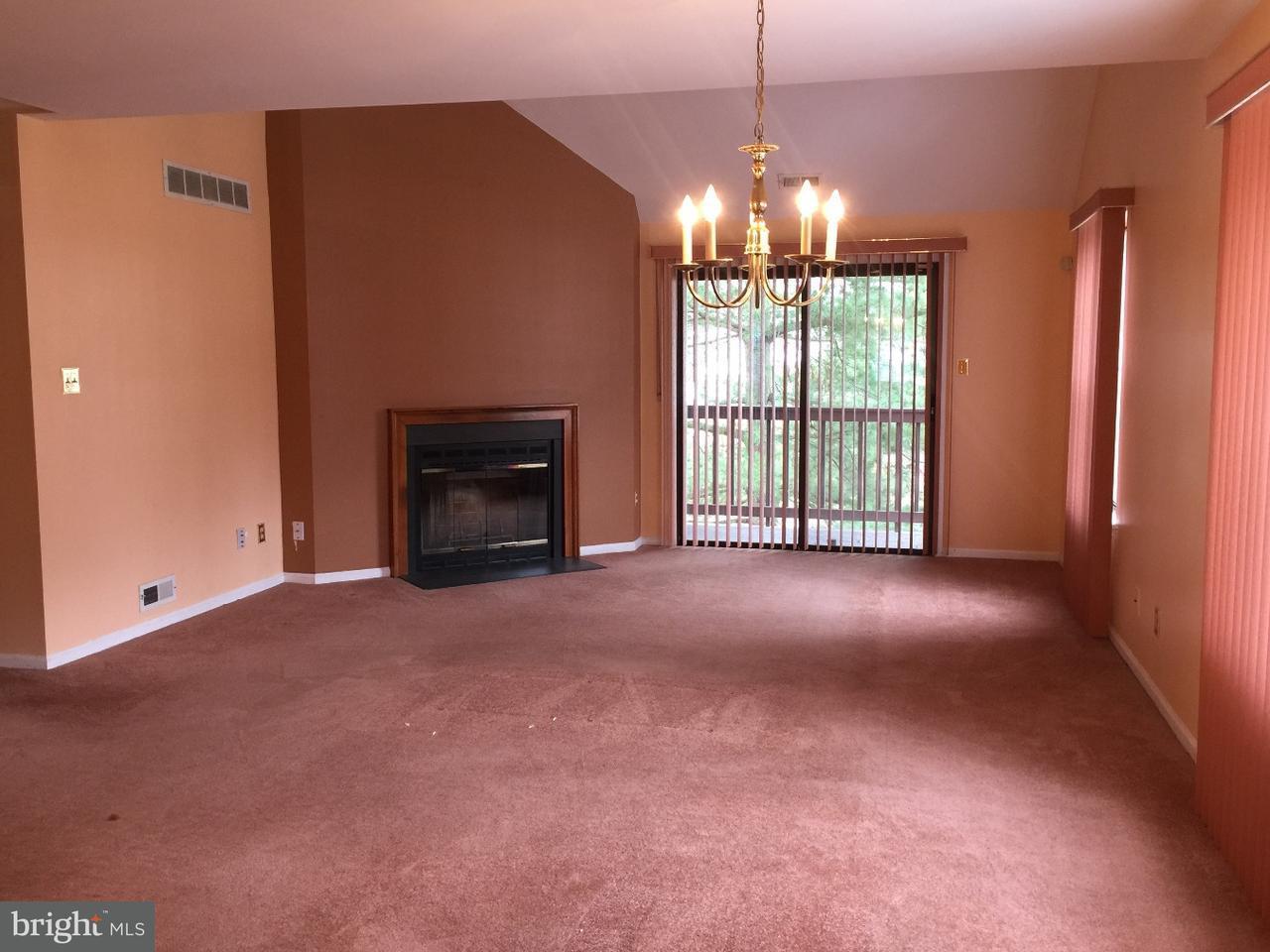 联栋屋 为 销售 在 16 N MAPLE ST #H4 Woodbury, 新泽西州 08096 美国