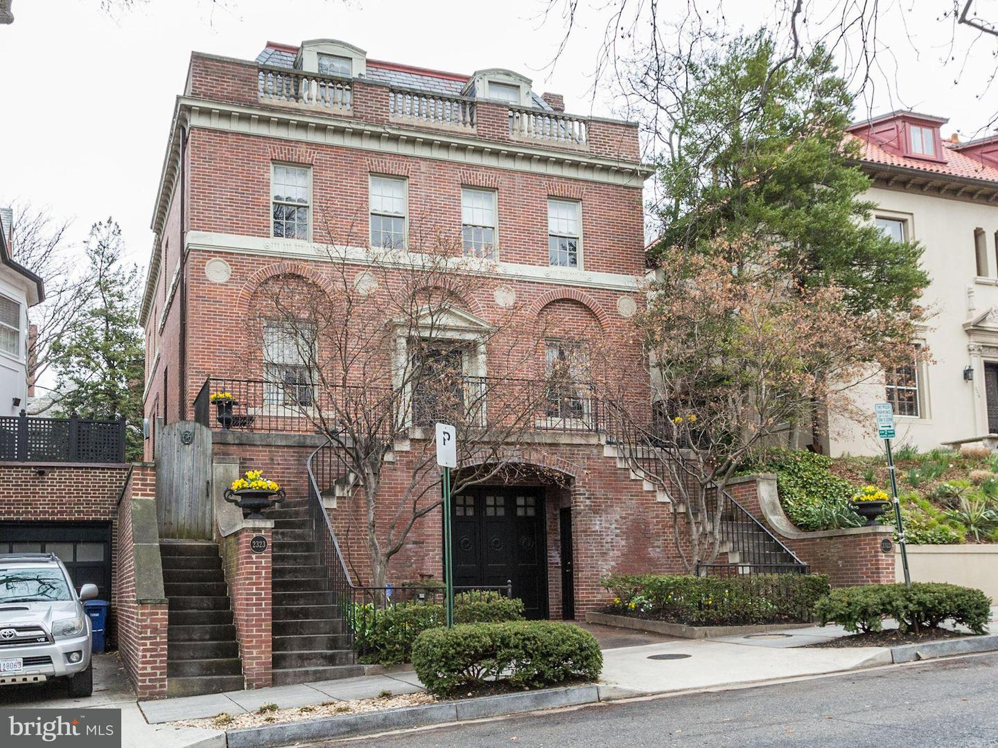 Single Family for Sale at 2323 Tracy Pl NW Washington, District Of Columbia 20008 United States