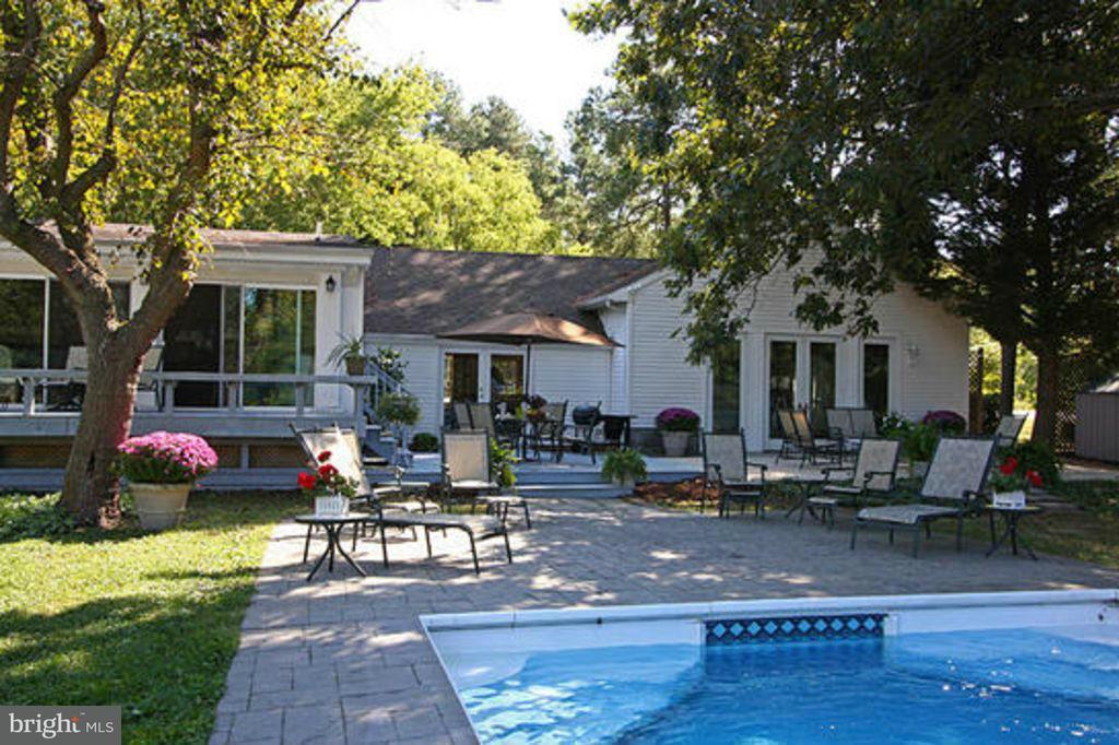 Maison unifamiliale pour l Vente à 8060 Bozman Neavitt Road 8060 Bozman Neavitt Road Bozman, Maryland 21612 États-Unis