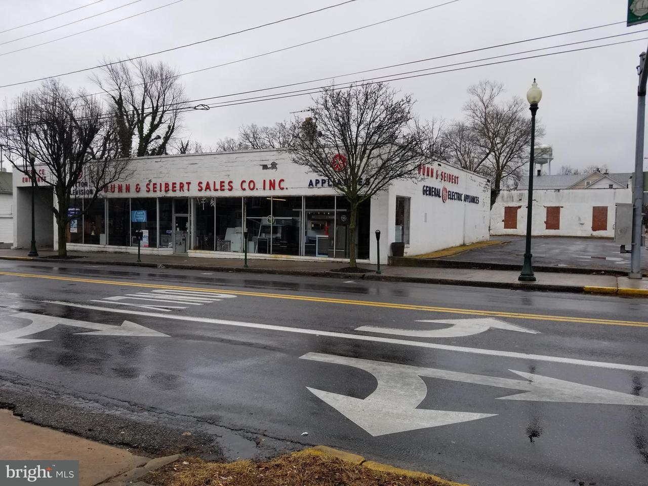 Commercial for Sale at 419 King St W 419 King St W Martinsburg, West Virginia 25401 United States