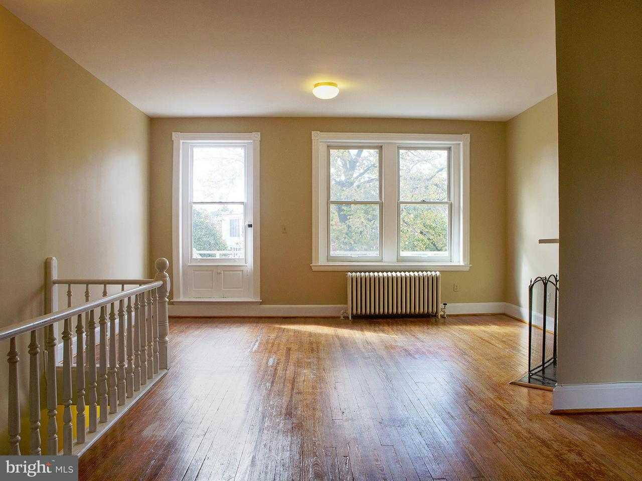 Additional photo for property listing at 1312 Massachusetts Ave Se 1312 Massachusetts Ave Se Washington, District Of Columbia 20003 Verenigde Staten