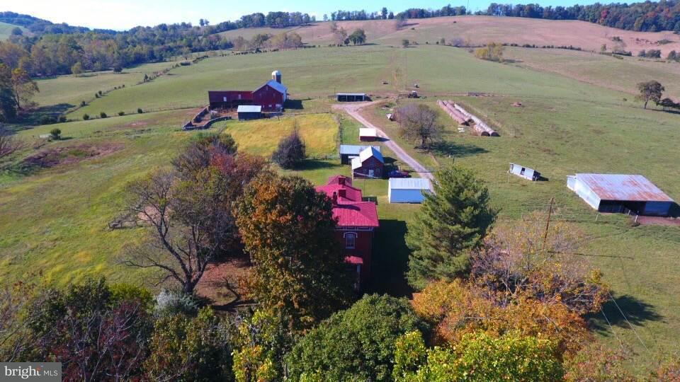 Farm for Sale at 2052 Lee Hwy Mount Sidney, Virginia 24467 United States