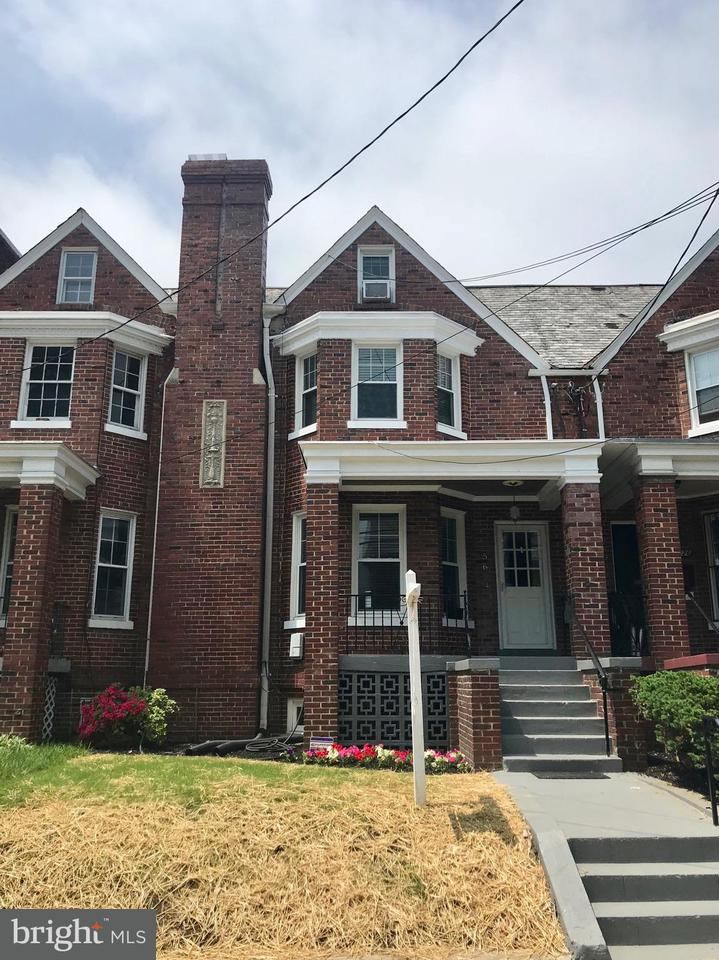 Single Family Home for Sale at 5624 13th St Nw 5624 13th St Nw Washington, District Of Columbia 20011 United States