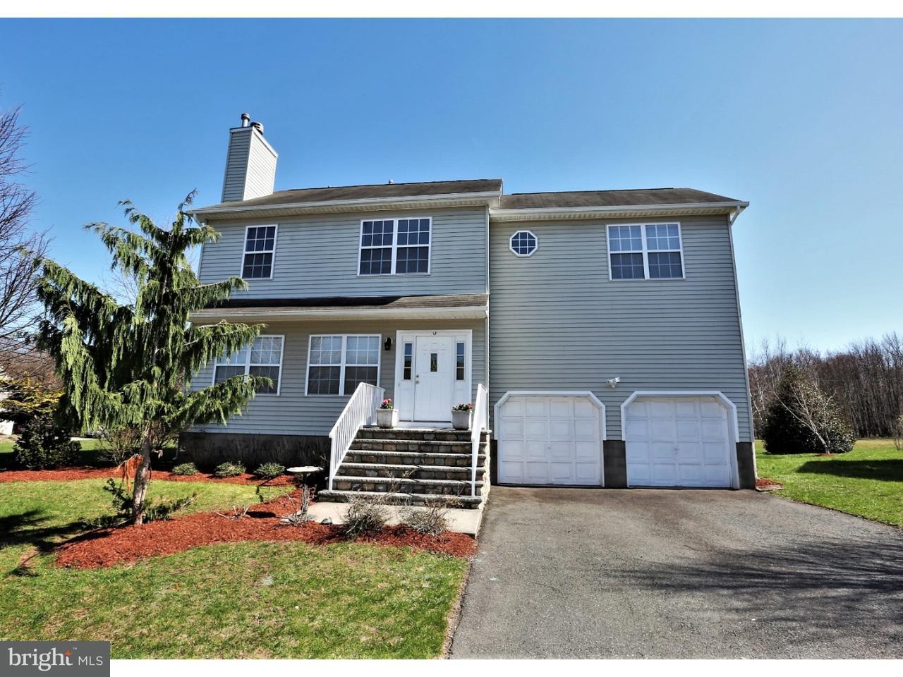 Частный односемейный дом для того Продажа на 68 JARED BLVD Kendall Park, Нью-Джерси 08824 Соединенные ШтатыВ/Около: South Brunswick Township