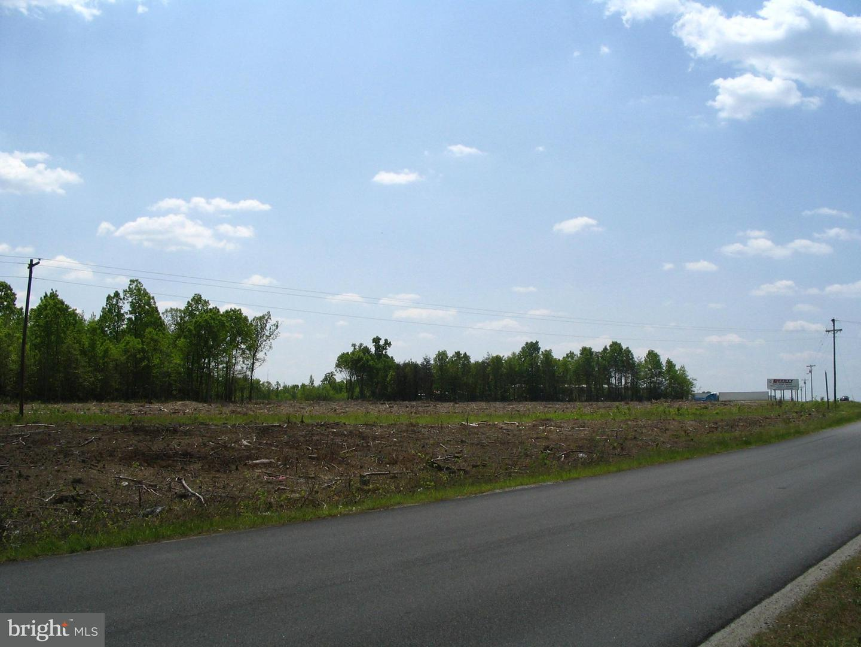 Additional photo for property listing at Mallard Rd  Thornburg, Virginia 22565 United States