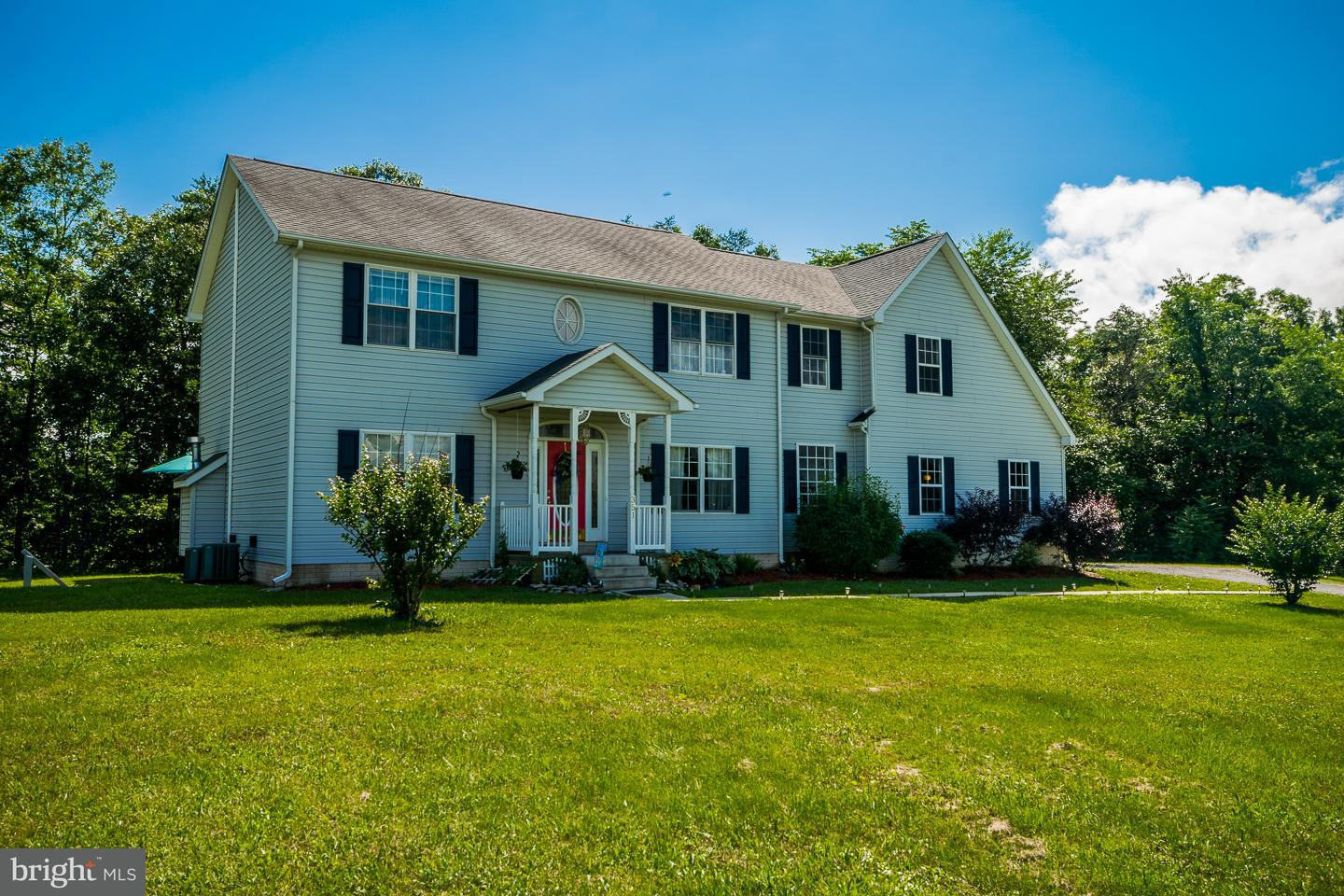 Single Family for Sale at 351 Parkinson Rd Gerrardstown, West Virginia 25420 United States