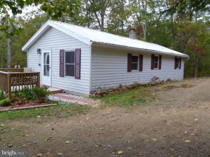 Single Family for Sale at 467 Rusty Ln Mathias, West Virginia 26812 United States
