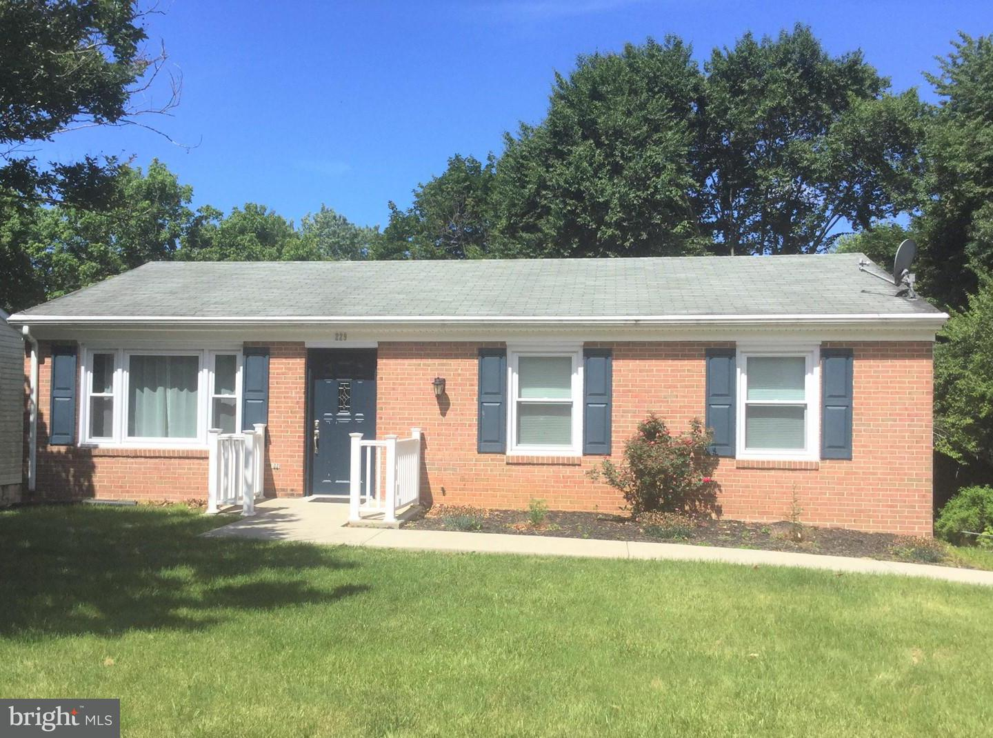 Other Residential for Rent at 229 Wintergreen Ln Brunswick, Maryland 21716 United States