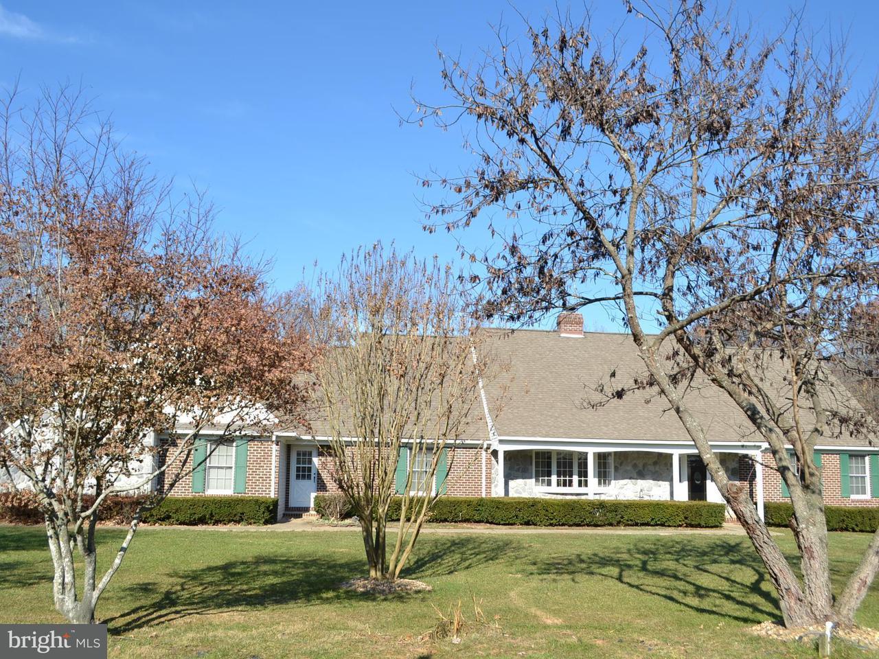 Einfamilienhaus für Verkauf beim 8288 Logging Road 8288 Logging Road Rhoadesville, Virginia 22542 Vereinigte Staaten