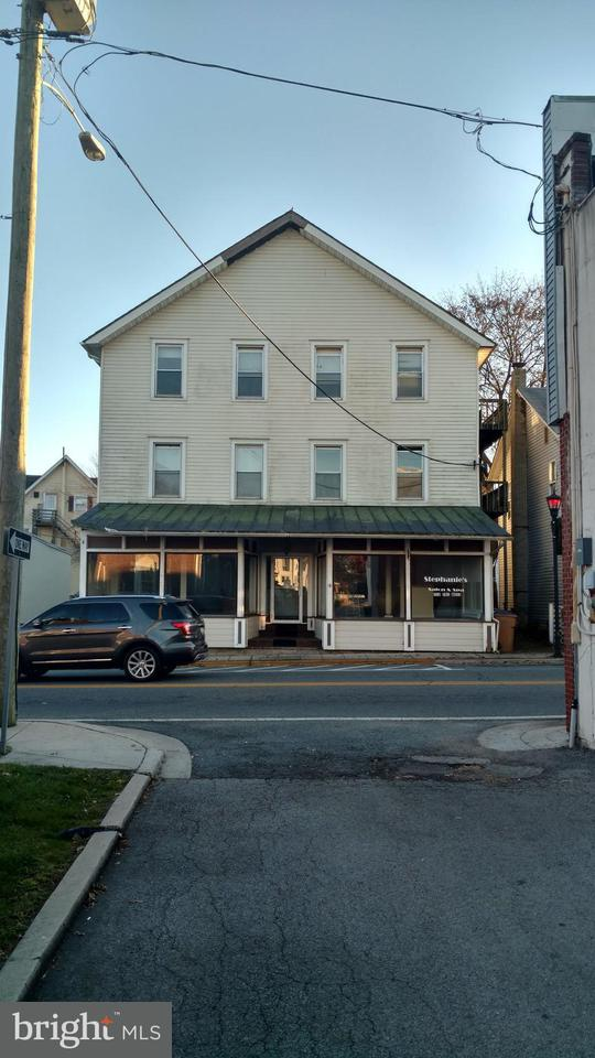 Single Family for Sale at 16 Main St Rising Sun, Maryland 21911 United States