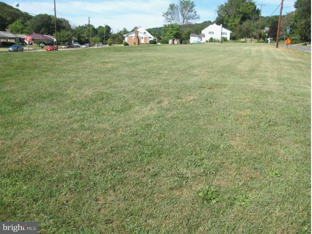 Additional photo for property listing at Frederick St N  Cumberland, Maryland 21502 United States