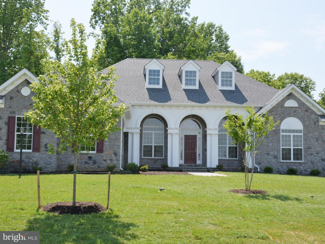 獨棟家庭住宅 為 出售 在 7384 Tottenham 7384 Tottenham White Plains, 馬里蘭州 20695 美國