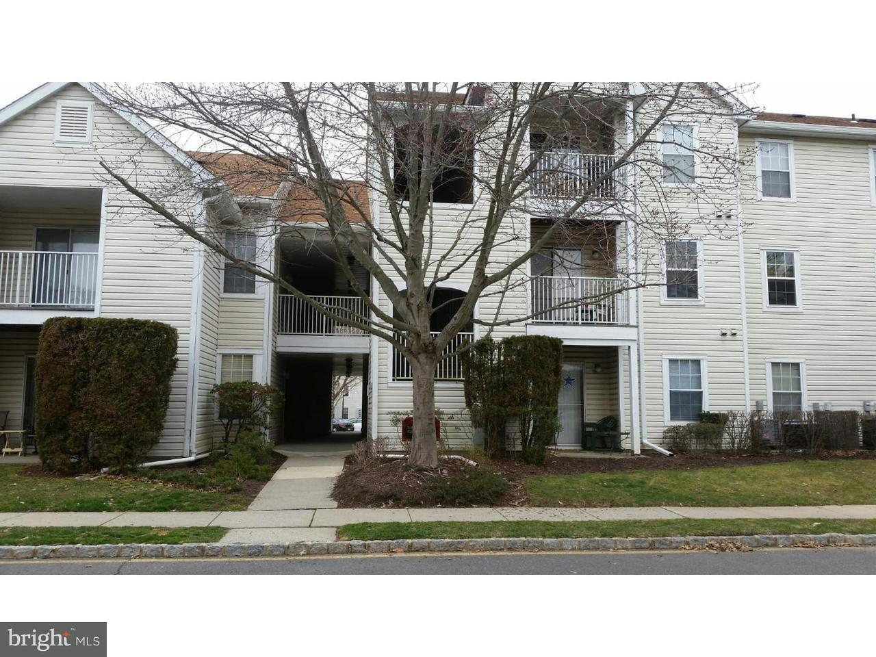 独户住宅 为 出租 在 724 WALDEN Circle 特伦顿, 新泽西州 08691 美国在/周边: Robbinsville Township