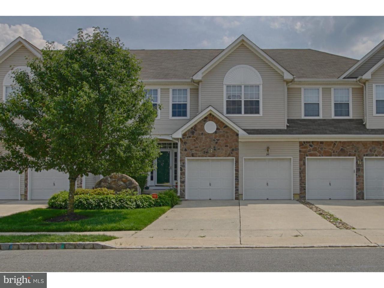 Maison accolée pour l Vente à 30 CYPRESS POINT Road Westampton, New Jersey 08060 États-Unis
