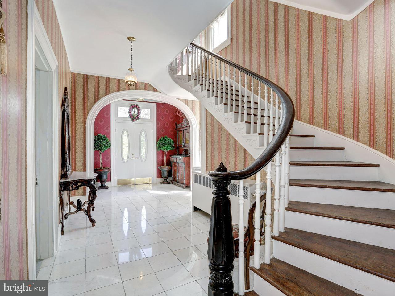 Additional photo for property listing at 15021 Rocking Spring Drive 15021 Rocking Spring Drive Rockville, Maryland 20853 United States