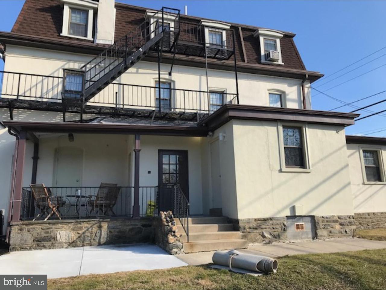 Maison unifamiliale pour l à louer à 1717 W CHESTER PIKE Havertown, Pennsylvanie 19083 États-Unis