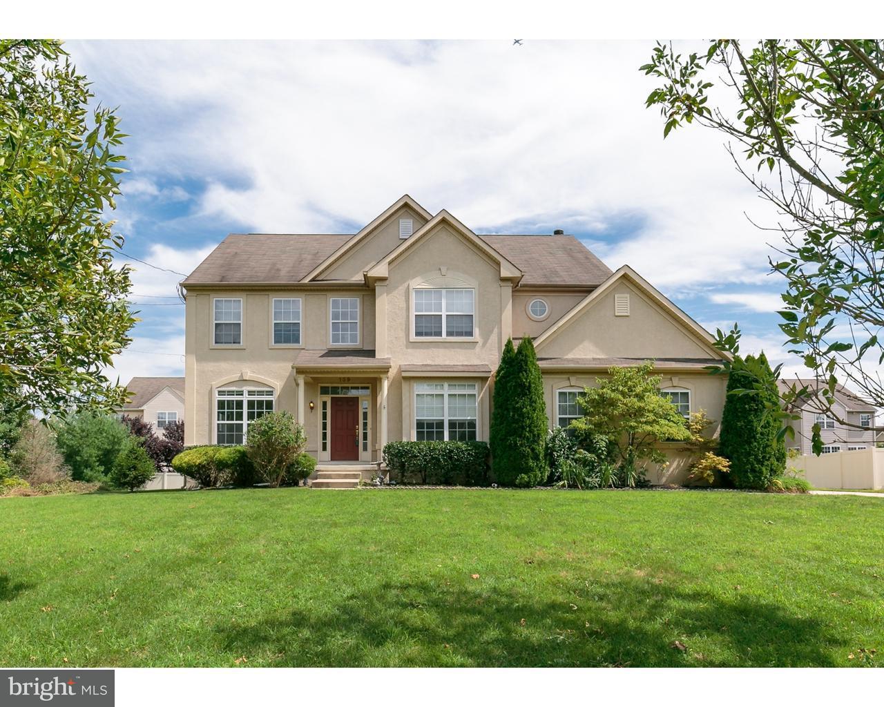 Maison unifamiliale pour l Vente à 139 NEW FREEDOM Road Berlin Boro, New Jersey 08009 États-Unis