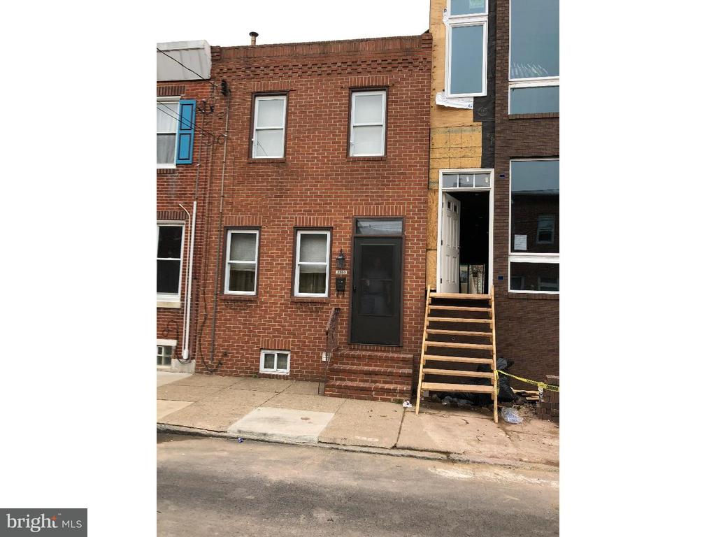 2352 E BOSTON ST, Philadelphia PA 19125