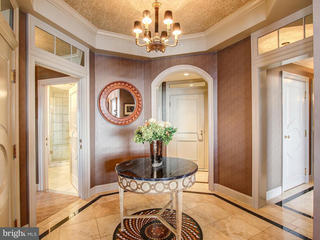 Condominio per Vendita alle ore 11776 Stratford House Pl #1402 11776 Stratford House Pl #1402 Reston, Virginia 20190 Stati Uniti
