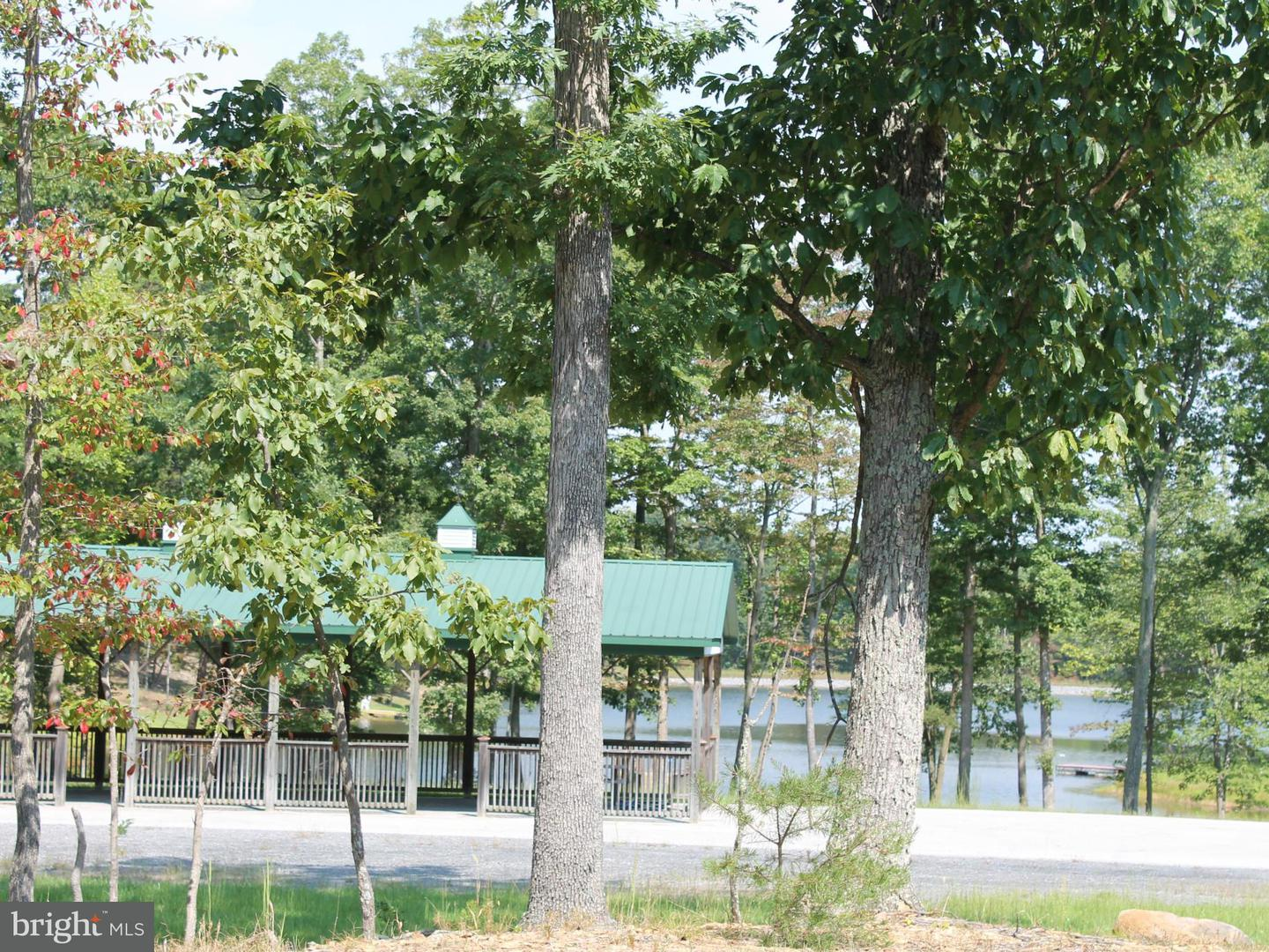 Additional photo for property listing at Adelaide Cir  Harpers Ferry, West Virginia 25425 United States