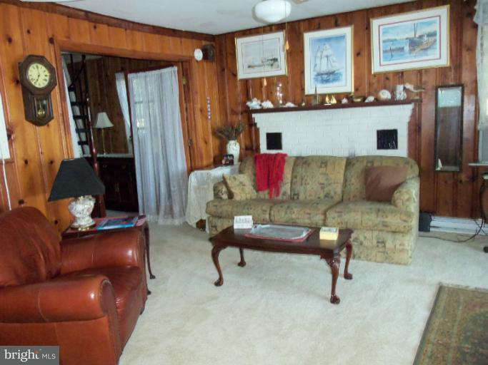 Other Residential for Rent at 7327 B St Chesapeake Beach, Maryland 20732 United States
