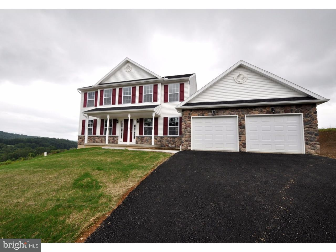 Casa Unifamiliar por un Venta en 4916 COATBRIDGE Lane Walnutport, Pennsylvania 18088 Estados Unidos