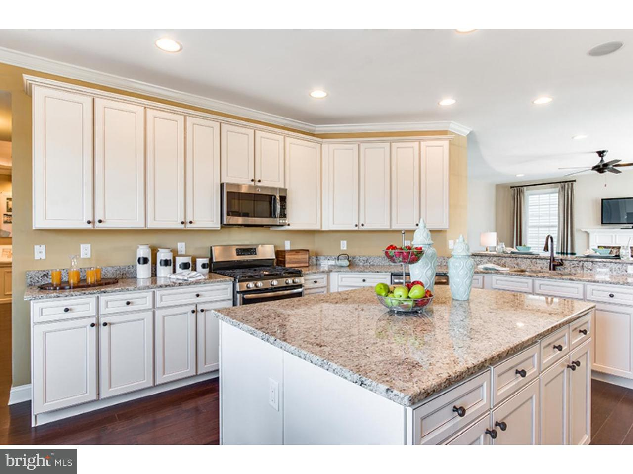 Additional photo for property listing at 7 BORDEN Lane  Chesterfield Township, New Jersey 08515 États-Unis