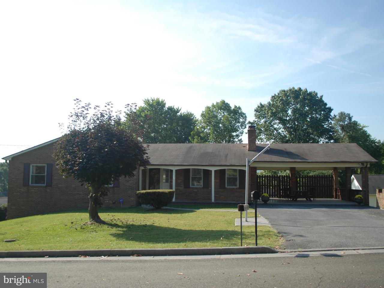 Single Family for Sale at 113 16th St Front Royal, Virginia 22630 United States