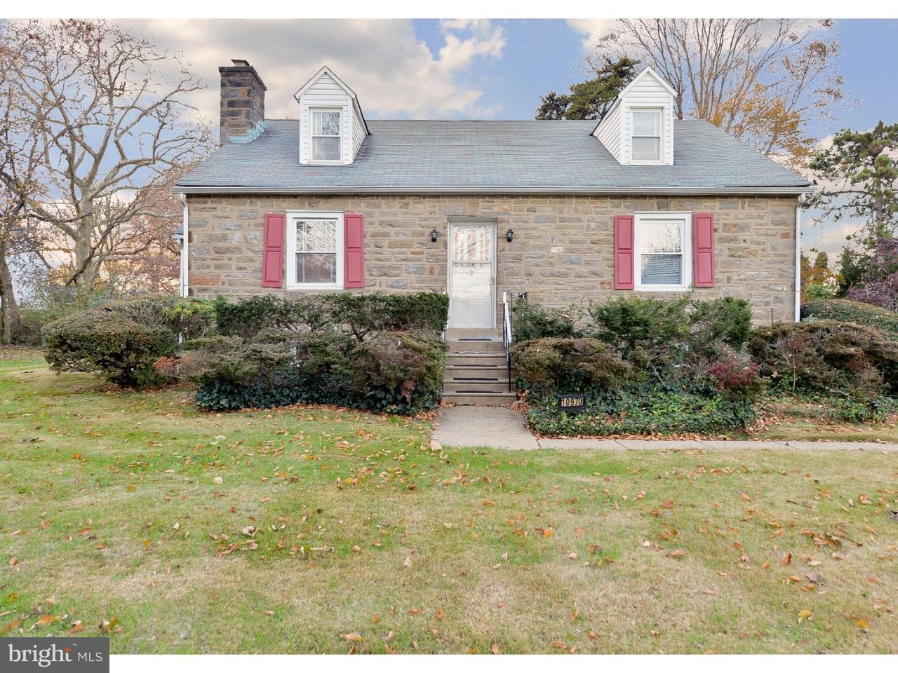 Maison unifamiliale pour l Vente à 10970 KNIGHTS Road Philadelphia, Pennsylvanie 19154 États-Unis
