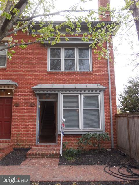 Other Residential for Rent at 542 Colecroft Ct Alexandria, Virginia 22314 United States