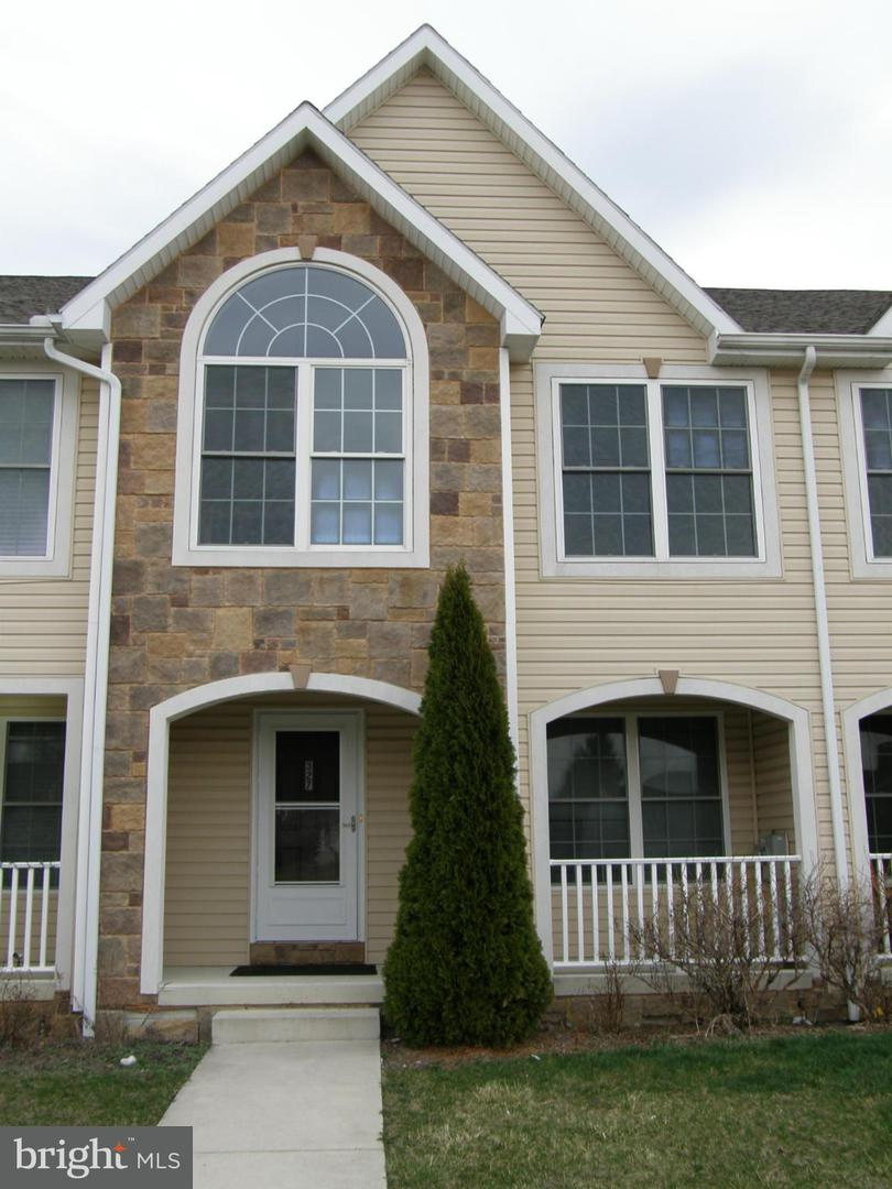 Other Residential for Rent at 327 Grandview Ave Waynesboro, Pennsylvania 17268 United States