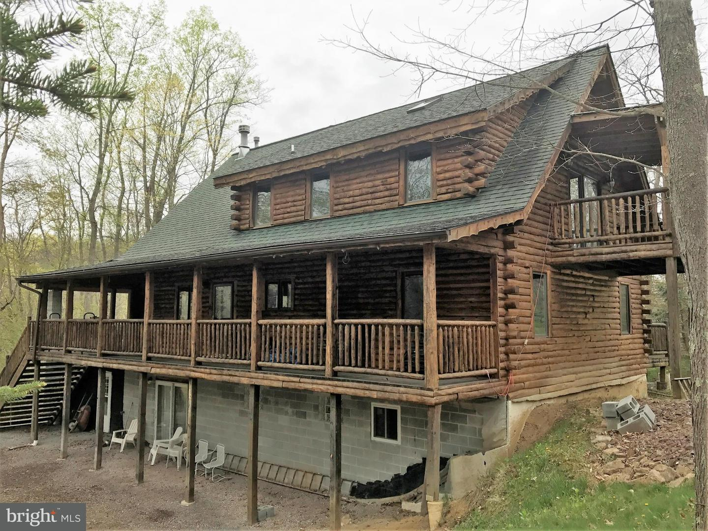 Single Family for Sale at 918 Wilkins Hollow Rd Addison, Pennsylvania 15411 United States