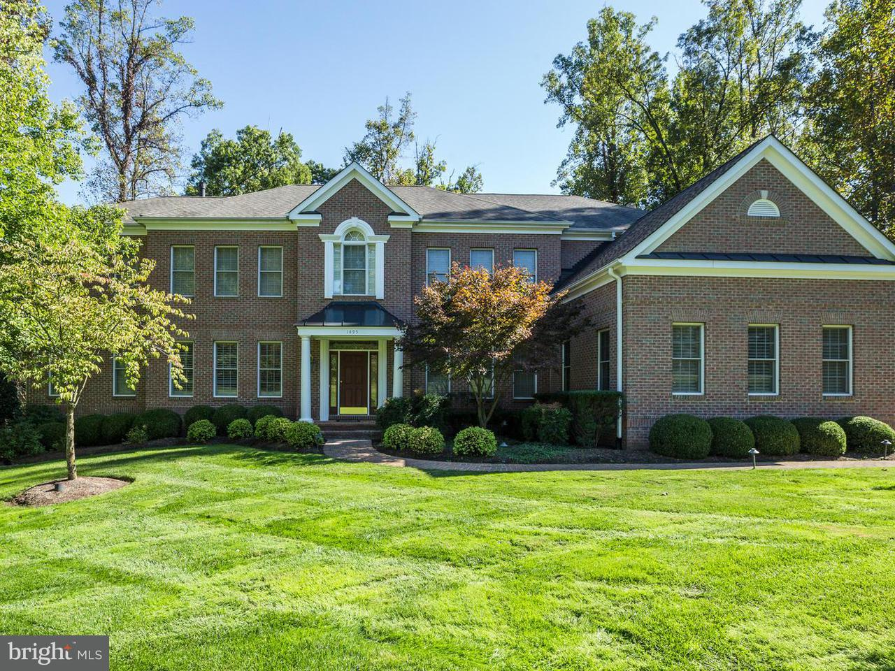 Single Family Home for Sale at 1495 Lily Loch Way 1495 Lily Loch Way Great Falls, Virginia 22066 United States