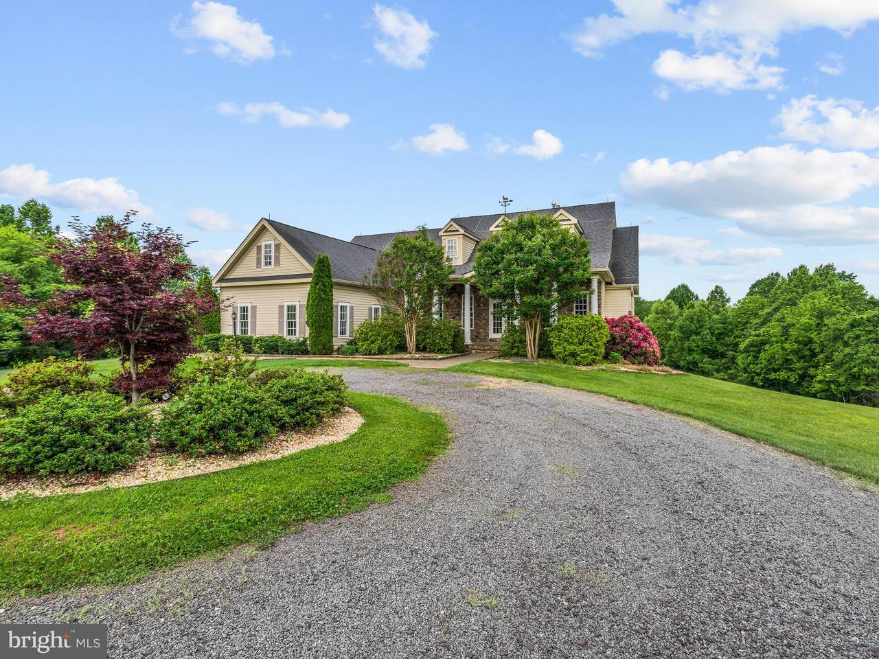 独户住宅 为 销售 在 11044 Gravel Road 11044 Gravel Road Brandy Station, 弗吉尼亚州 22714 美国