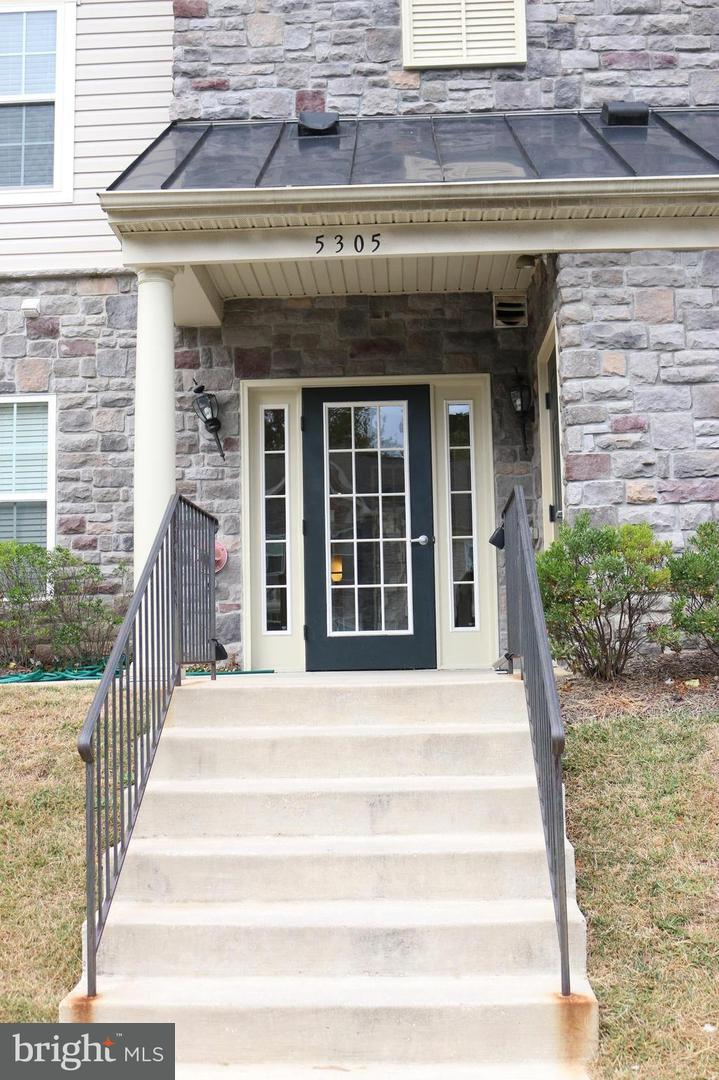 Single Family for Sale at 5305 Wyndholme Cir #201 Baltimore, Maryland 21229 United States