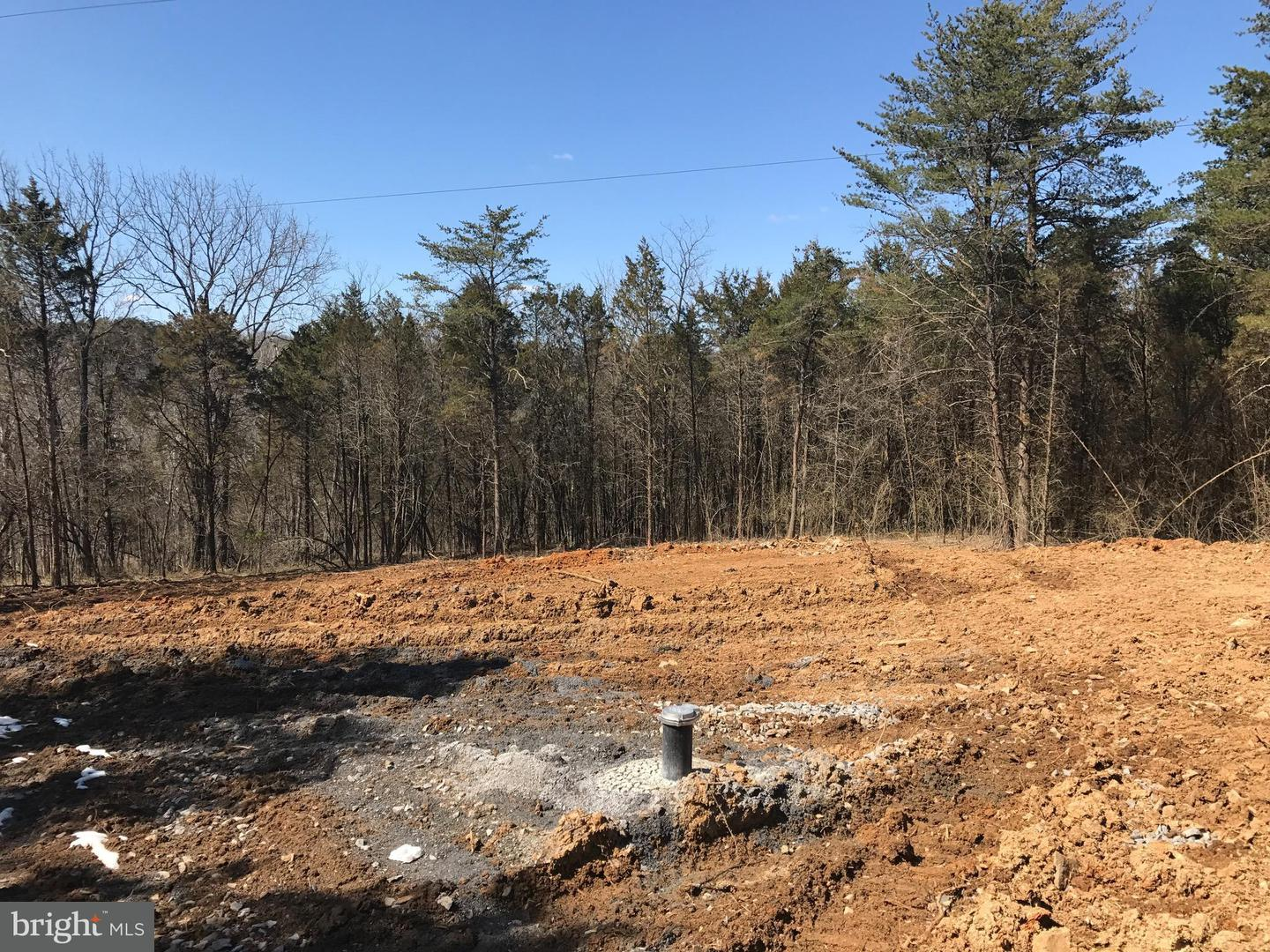Single Family for Sale at Martin Payne Rd Middleway, West Virginia 25430 United States