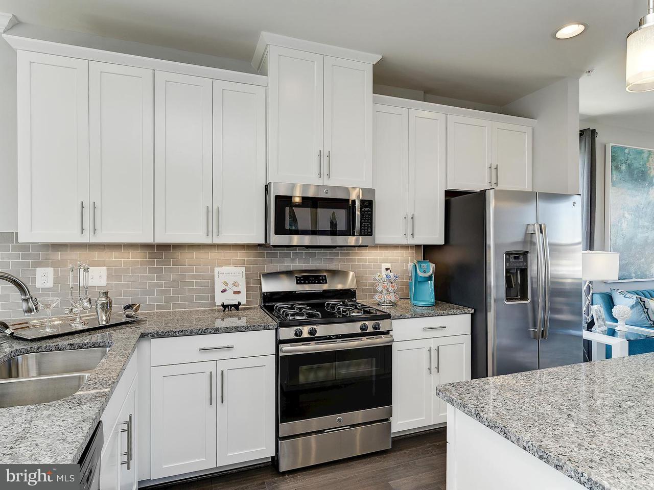 Additional photo for property listing at 3621 Jamison St Ne 3621 Jamison St Ne Washington, 컬럼비아주 20018 미국