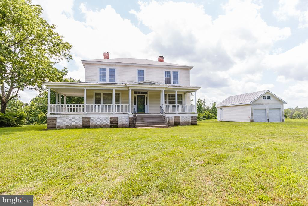 Farm for Sale at 26896 Tidewater Trl Dunnsville, Virginia 22454 United States