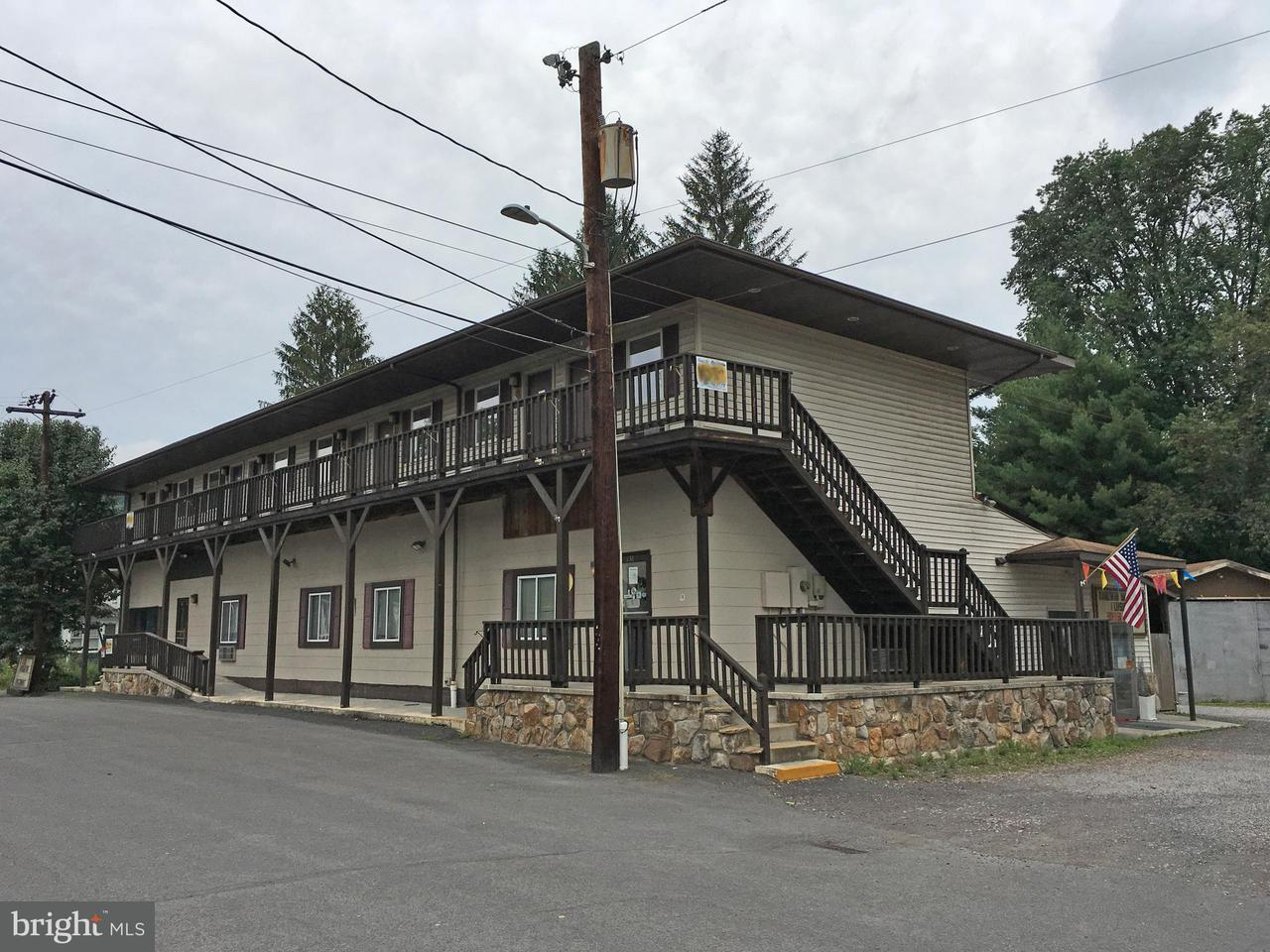 Commercial for Sale at 138 Walnut St Friendsville, Maryland 21531 United States
