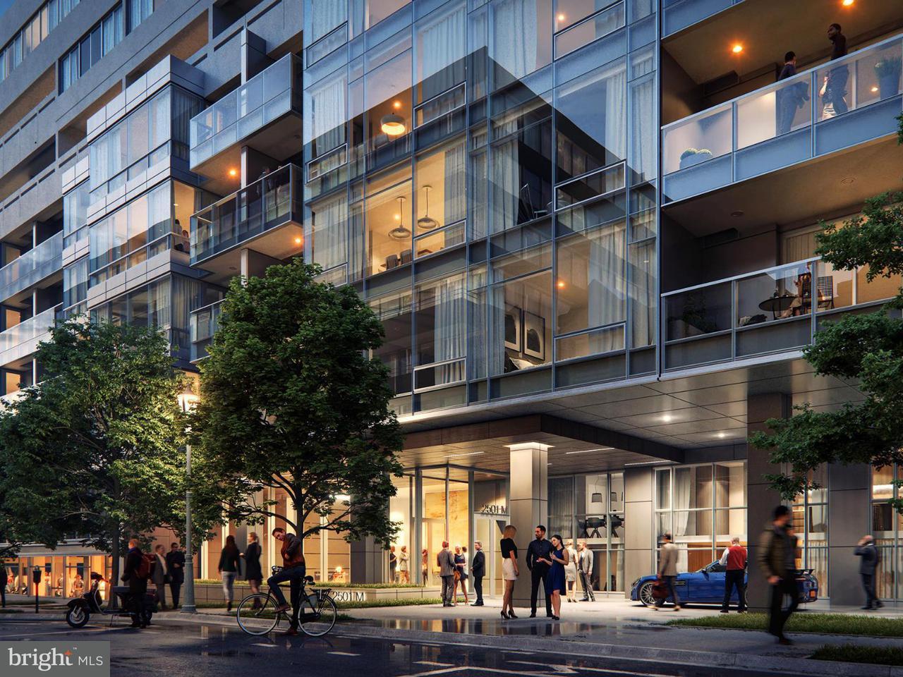 Appartement en copropriété pour l Vente à 2501 M St Nw #207 2501 M St Nw #207 Washington, District De Columbia 20037 États-Unis