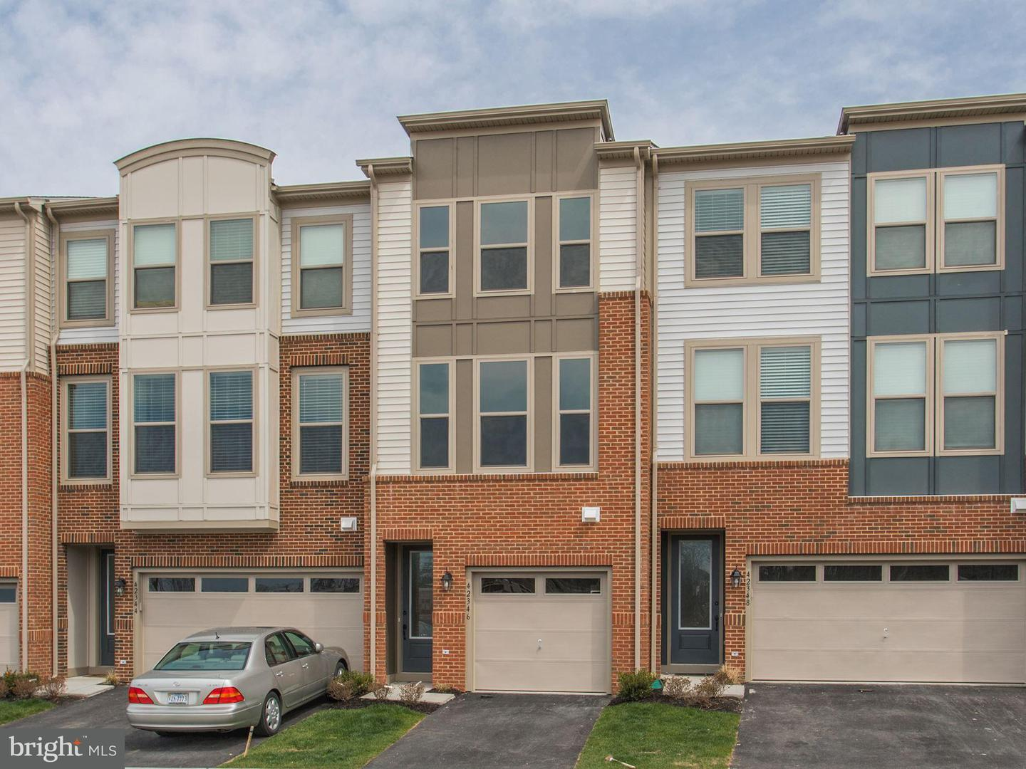 Single Family for Sale at 0 Juniper Wood Ter Dulles, Virginia 20166 United States