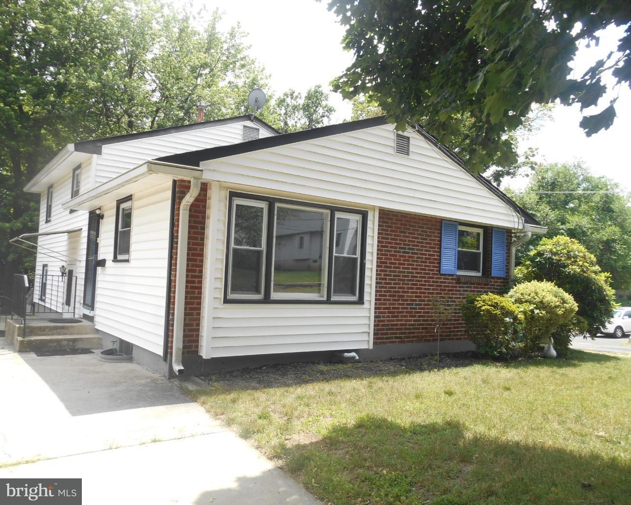 Частный односемейный дом для того Продажа на 58 LA PIERRE Avenue Camden, Нью-Джерси 08045 Соединенные Штаты