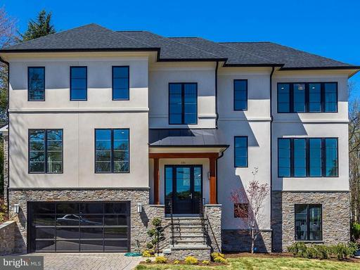 Property for sale at 3701 38th St N, Arlington,  VA 22207