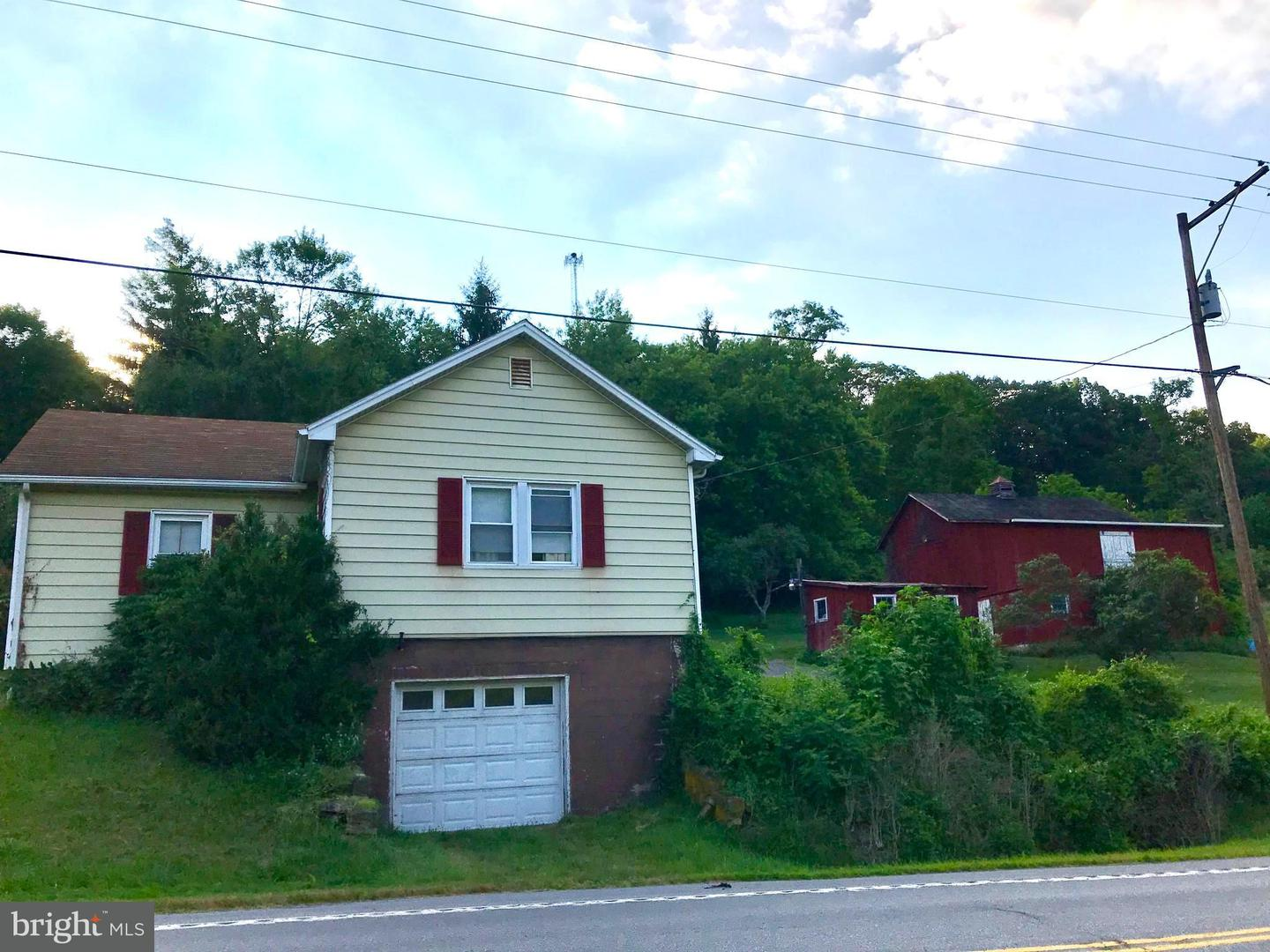 Single Family for Sale at 851 Bedford Valley Rd Bedford, Pennsylvania 15522 United States