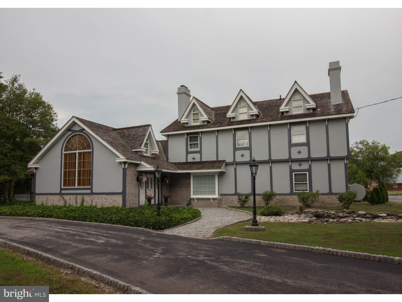 独户住宅 为 销售 在 859 COLES MILL Road Williamstown, 新泽西州 08094 美国在/周边: Monroe Township