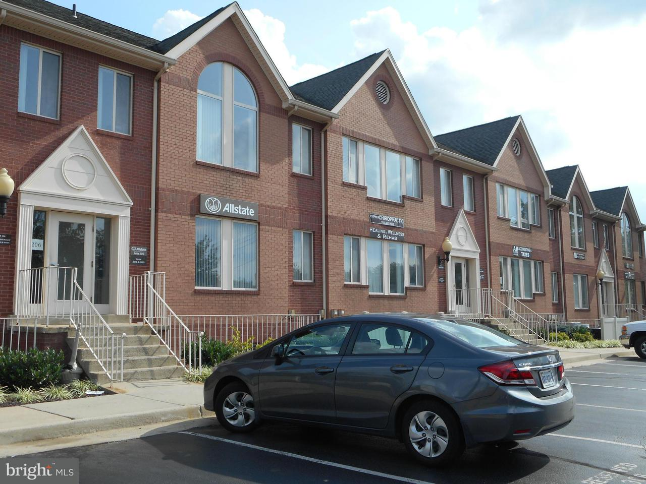 Additional photo for property listing at 22636 Glenn Dr #305  Sterling, Virginia 20164 United States