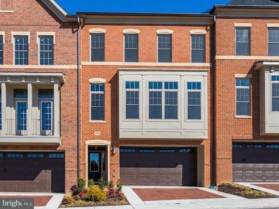 Townhouse for Sale at 133 Bytham Ridge Lane 133 Bytham Ridge Lane Potomac, Maryland 20854 United States